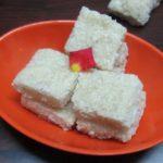 Suji Coconut Burfi / Rava Kobbari Burfi / Semolina Coconut Burfi – Burfi Recipes