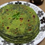 Palak Paratha / Spinach Paratha – how to make Palak Paratha