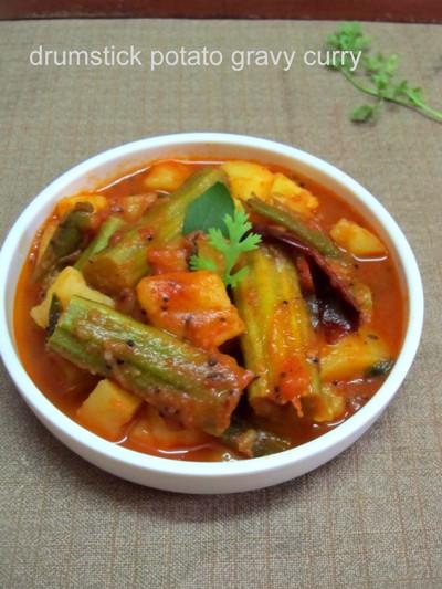 Aloo Munakkaya Kura/Potato and Drumstick Gravy Curry - no Onion no Garlic Recipe
