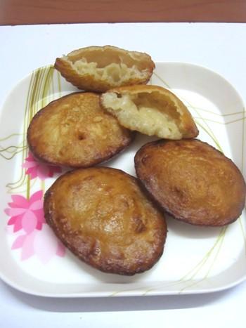 Kandarappam / Kandhar Appam / Chettinad Special Sweet Kandarappam